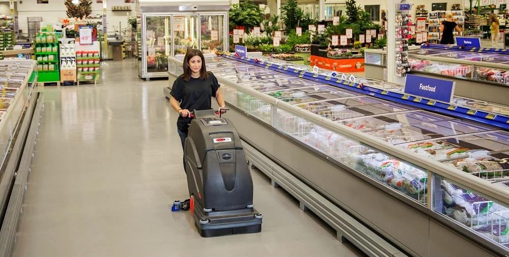 Máy chà sàn liên hợp: Thiết bị siêu thị không thể thiếu