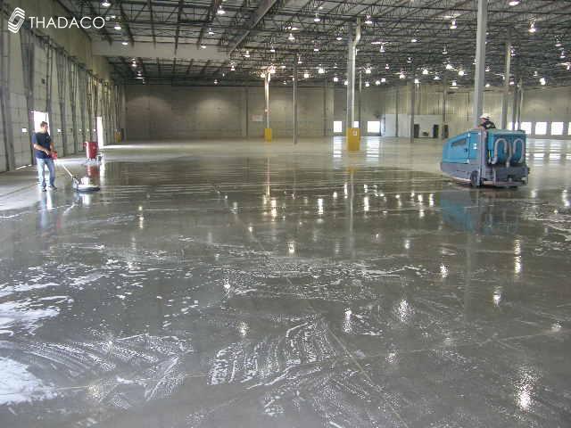 Máy chà sàn công nghiệp: Kinh nghiệm chọn mua và sử dụng