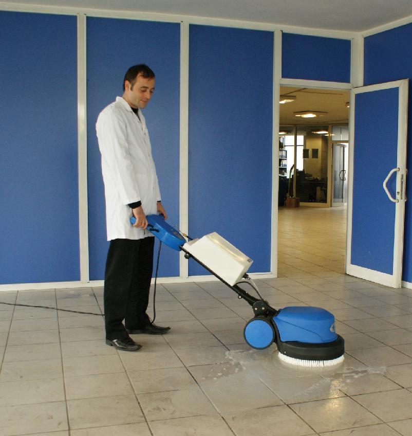 Mua máy chà sàn loại nào cho bệnh viện?